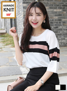66GIRLSLoose Fit Knitted Stripe Pattern Sweater