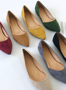 66GIRLSSolid Tone Pointed Toe Flats
