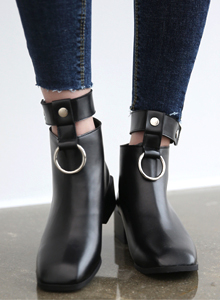 66GIRLSHoop Accent Ankle Strap Boots